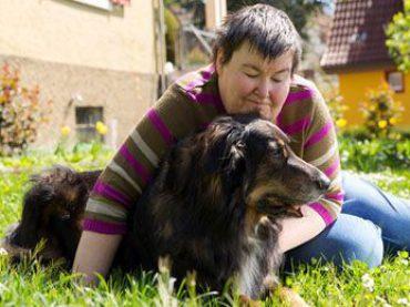Therapiehund-Einsatz von der Kita bis ins Pflegeheim