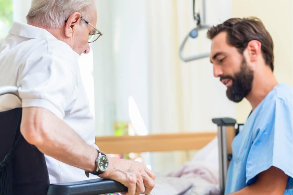 Männliche oder weibliche Pflegekräfte, welche sind besser?