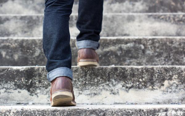 Auf Sicherheit auf der Treppe achten