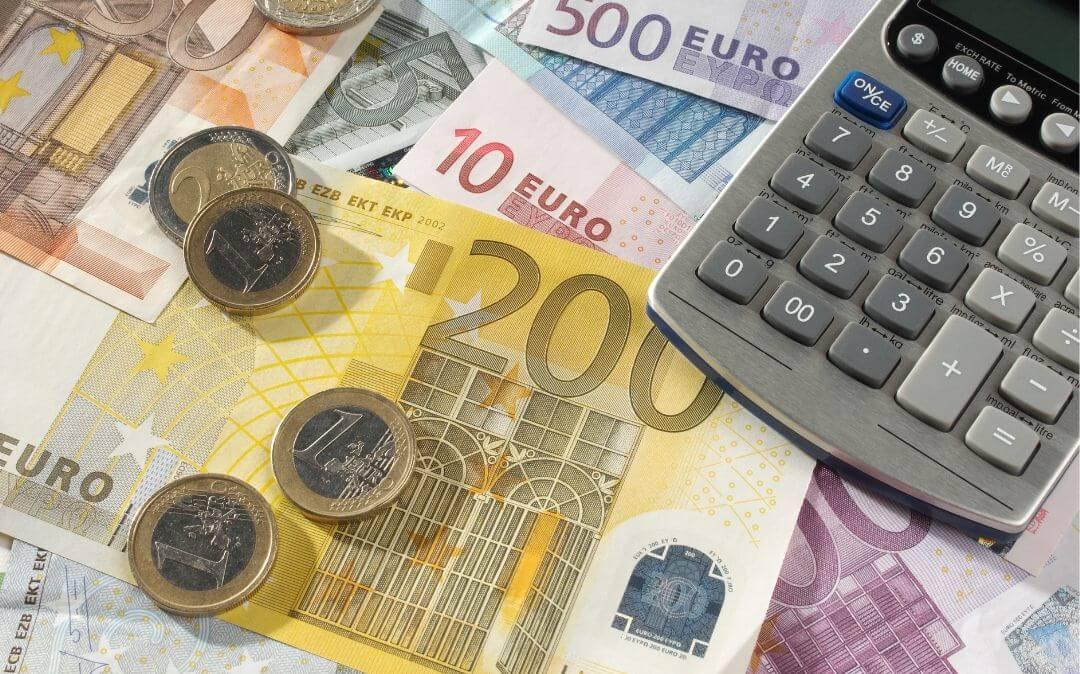 Pflegekosten können die Betroffenen schnell in den finanziellen Ruin treiben
