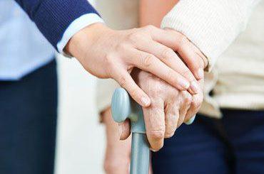 Balance zwischen Beruf und Angehörigenpflege