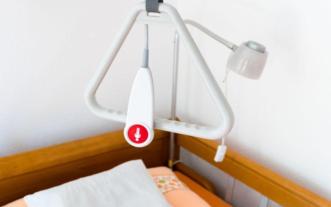 Moderne Pflegebetten haben moderne Ausstattungen