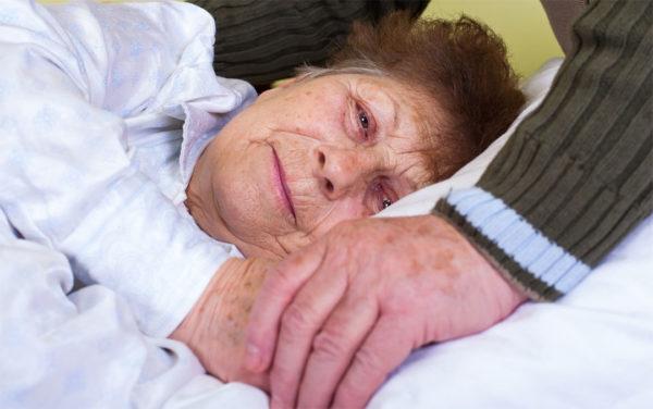 Laut Statistik werden über 70 Prozent der Pflegebedürftigen in Deutschland von Angehörigen versorgt