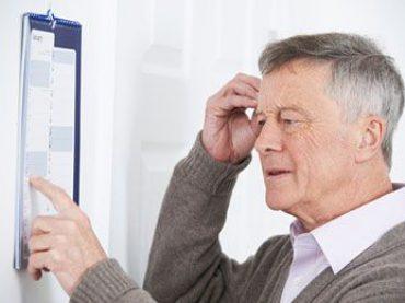 Demenz: Anzeichen frühzeitig erkennen