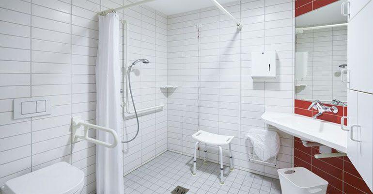 Selbstständigkeit im Badezimmer sichern