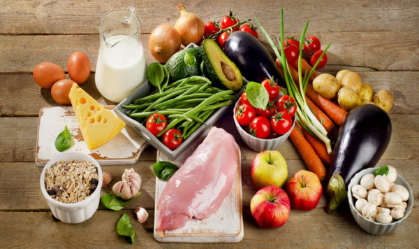 Ausgewogene Ernährung schützt vor Mangelernährung