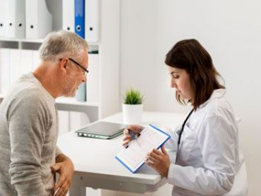 Versorgungslücke geschlossen: Krankenhäuser müssen bei Entlassung Medikamente, Hilfsmittel usw. verordnen