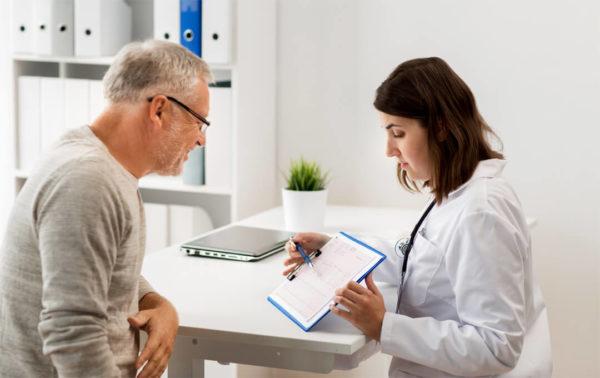 Entlassmanagement: Krankenhäuser müssen bei Entlassung Medikamente, Hilfsmittel usw. verordnen