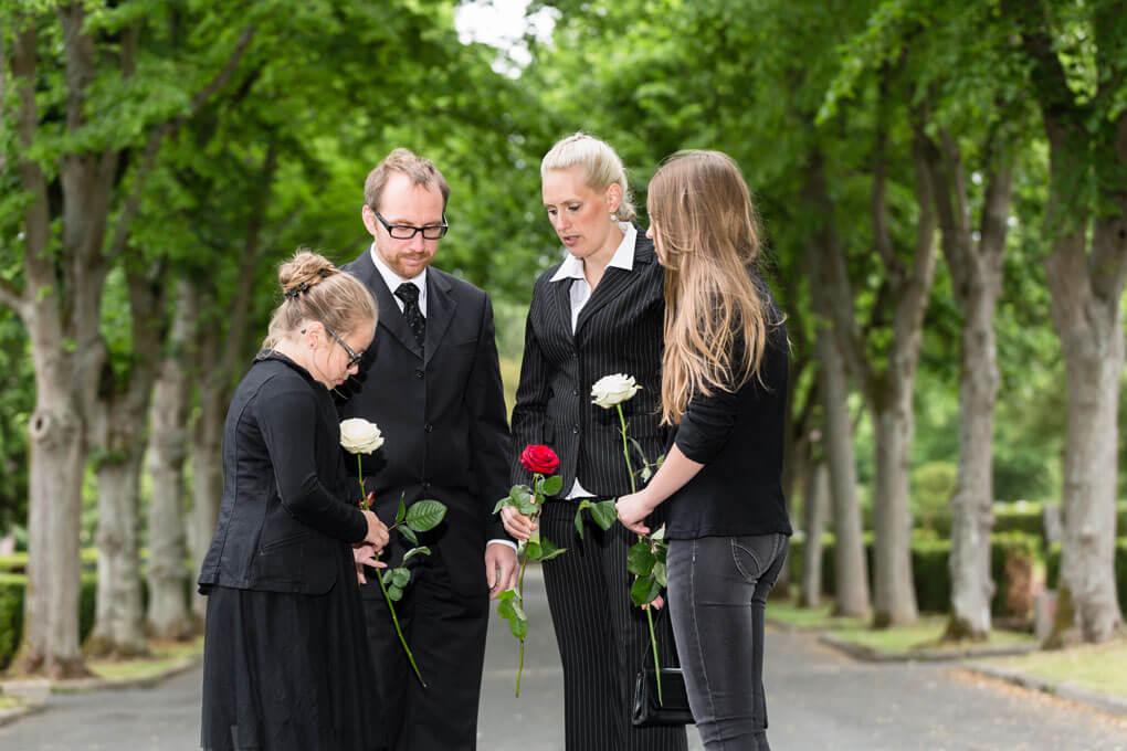 Checkliste für den Todesfall / Ratgeber Trauerfall