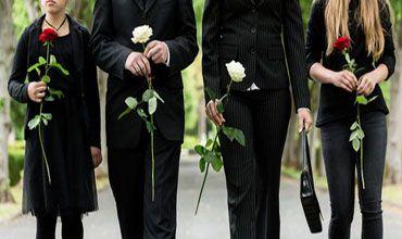 Ratgeber für den Trauerfall – Was ist im Todesfall zu tun