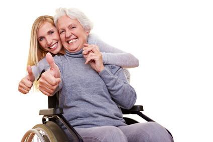 Hilfsmittelberatung: Wer krank oder pflegebedürftig ist, hat Anspruch auf Hilfsmittel.