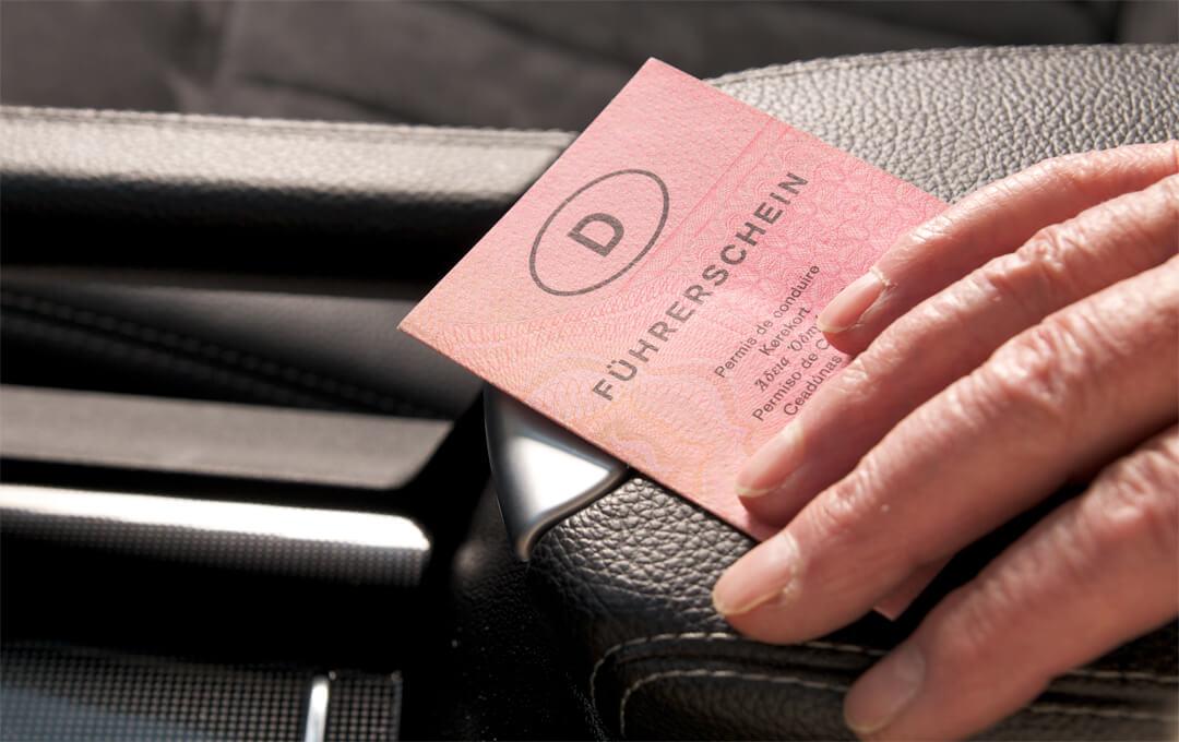 Rechtsgrundlage für das Autofahren mit Pflegestufe