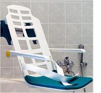 Badewannen Schwenklift zum sicheren ein und Aussteigen in die Badewanne