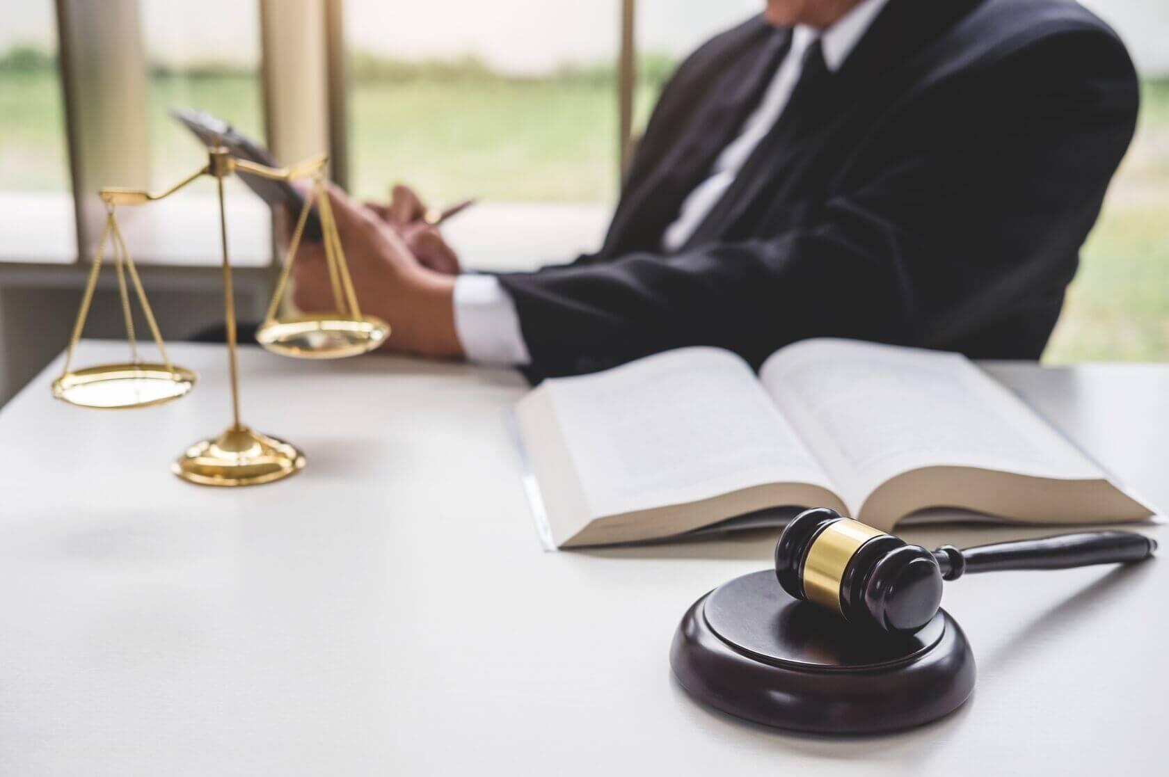 Beratungshilfe für alle, die sich keinen Anwalt leisten können